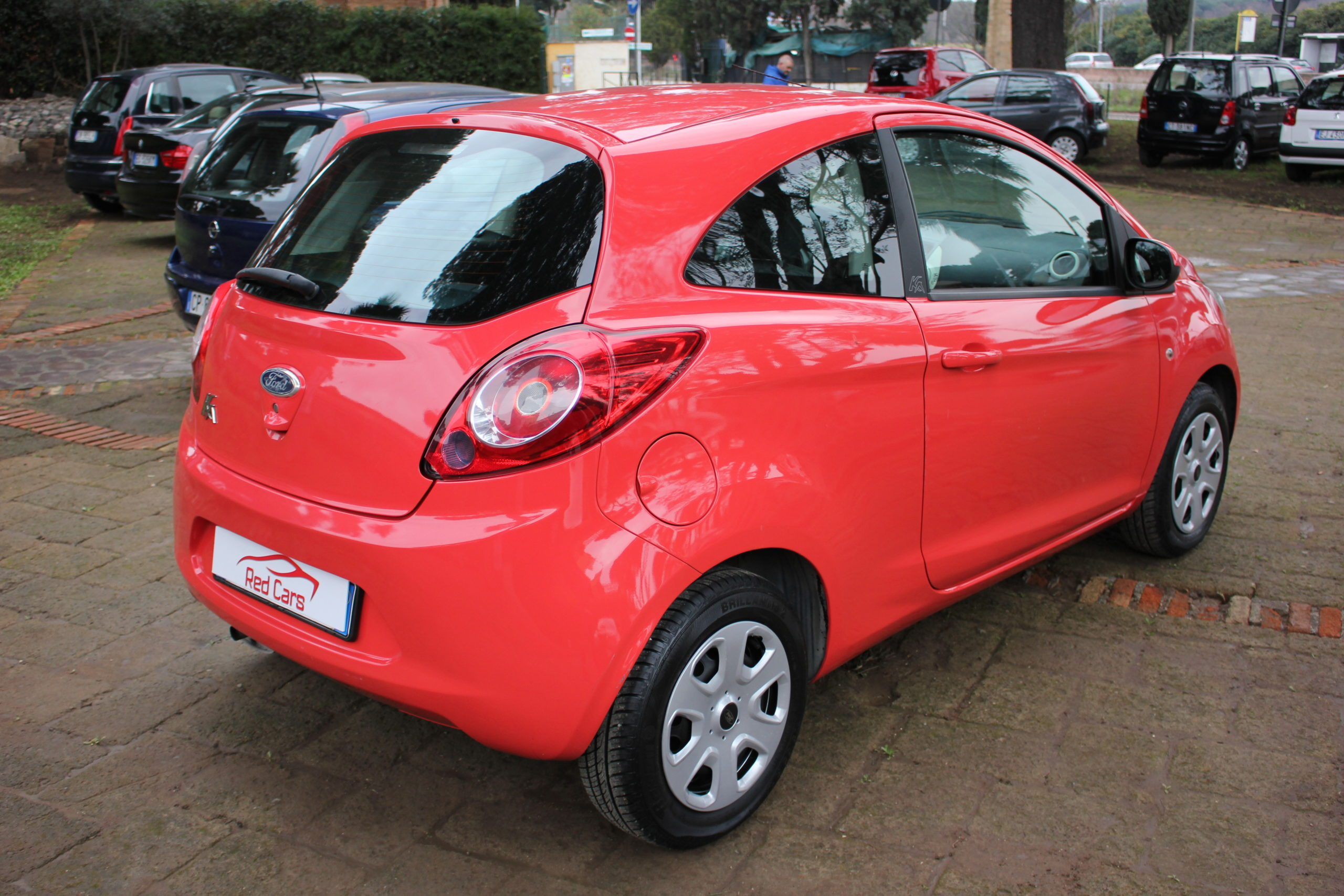 vendita FORD KA 1.2 INDIVIDUAL Red cars via cropani 65 Roma