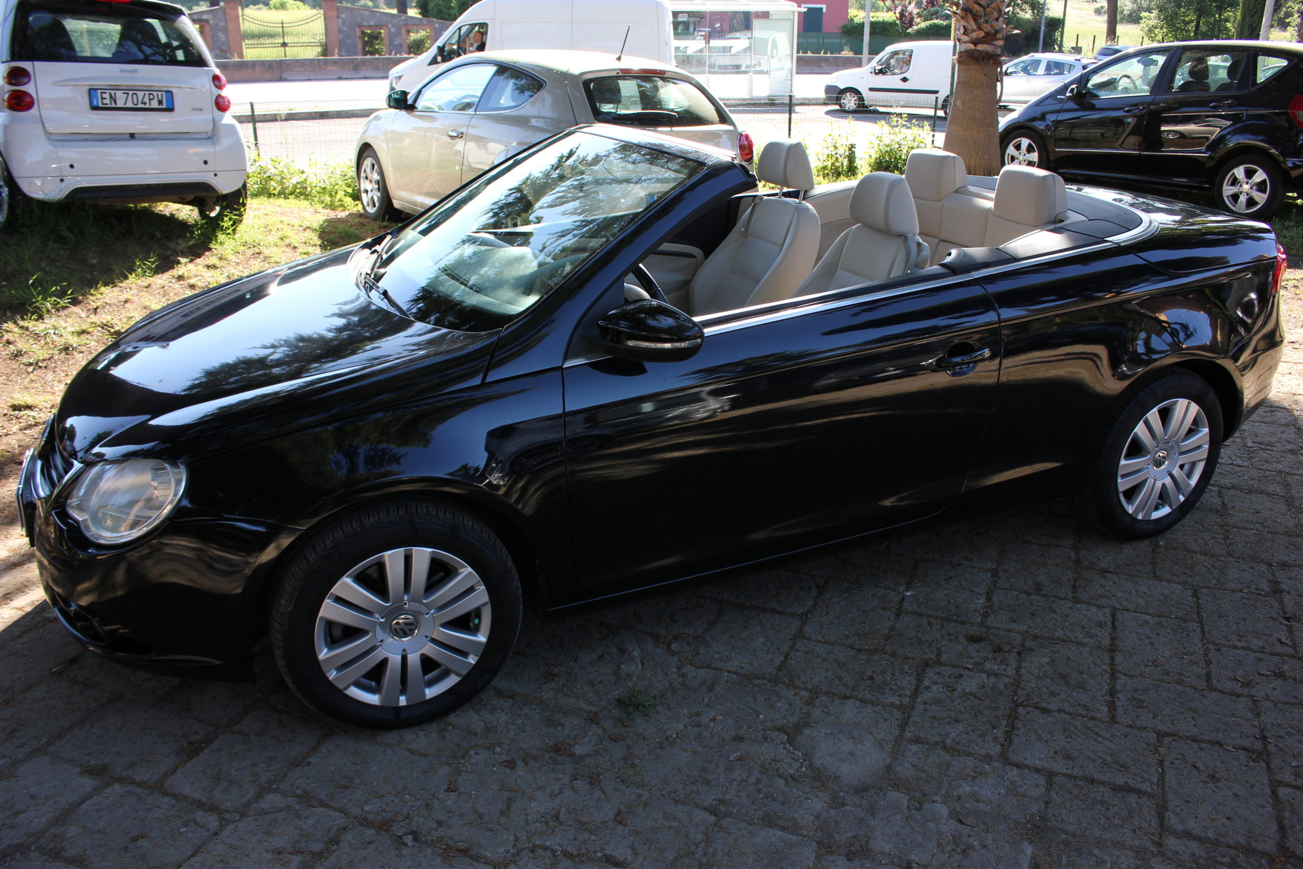 vendita VW EOS 2.0 TDI DPF DSG HIGHLINE Red cars via cropani 65 Roma
